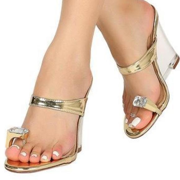 c0839df1dc2 Jewel Rhinestone Toe Ring Wedge Clear Lucite Shoe NWT